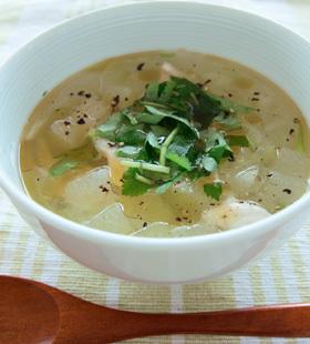 シブイ(冬瓜)の冷たいスープ