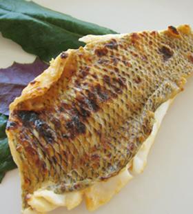 ムルー(アミフエフキ)の豆腐よう焼き
